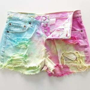 Levis | 501 XX Tie Dye Cut Off Button Fly Shorts
